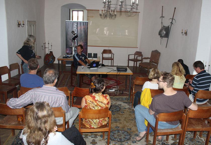 Vortrag Jan Hattenbach; Credit: Susanne Hoffmann